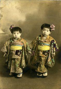 vintage postcard small japanese children, vintage photo