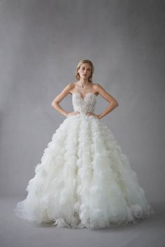 Bridal Collection Spring 2022 | Oscar de la Renta Wedding Dress Trends, Princess Wedding Dresses, Wedding Gowns, Wedding Ideas, Bridal Looks, Bridal Style, Spring, Bridal Collection, Wedding Bells