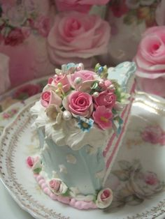 (forget me not) Fake Food Slice of Cake Shabby Pink Roses Victorian