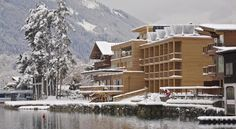 Located right on the shore of Lake Zell, Seehotel Freiberg offers a balcony or patio with lake views in each room. Best Rated, Lake View, Austria, Mount Everest, Hotels, Patio, Mountains, Places, Holiday