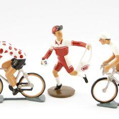 modèle rouge (ref. 6857-002). Echelle 1/32e. En alliage de plomb et d'étain Bike, Sports, Red, Outfit, Bicycle, Hs Sports, Bicycles, Sport