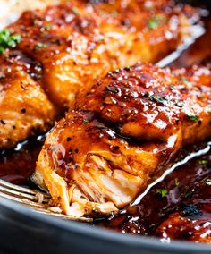 HONEY GARLIC SALMON - Succulent and tender salmon filets cooked in a mouthwatering simple honey garlic sauce, then broiled until sticky and caramelized. Made with simple ingredients, in one pan, and in just 20 minutes! #salmon #honeygarlic #onepan #easyrecipe #dinner #seafood #fish Honey Glazed Salmon Recipe, Baked Salmon Recipes, Fish Recipes, Seafood Recipes, Cooking Recipes, Healthy Recipes, Salmon Glaze, Chicken Recipes, Honey Salmon