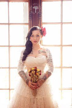 Sélection de 21 superbes mariées tatouées | Inkage