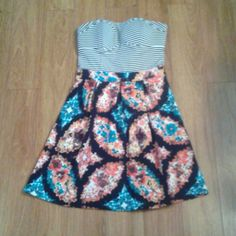 """Strapless Dress Sz S Xhiliration Strapless Dress...Sz S...super cute strapless dress with striped top and patterned skirt...lightly padded in bust (18"""" skirt)...zippers up back...removed tags but never worn Xhilaration Dresses Strapless"""