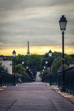 Lampadère - Tour Eiffel