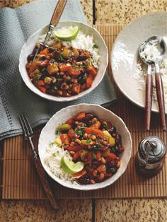 Try something this year! Our delicious black-eyed pea and veggie chili bowl. Get the recipe here. Veggie Recipes, Whole Food Recipes, Vegetarian Recipes, Healthy Recipes, Vegetarian Chili, Bariatric Recipes, Veggie Meals, Free Recipes, Chili Bowl Recipe