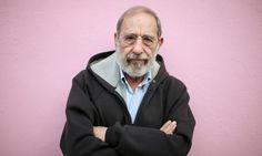 "Exposição ""Álvaro Siza: Inside the human being"", no MART Portuguese, Britain, Christmas Cards, Image, Singing, Portraits, Coffee, Architecture, Google"