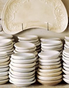 ironstone butter pats - Antique Decor Mobile Home - Country Living Double Wide Home, Think Food, White Dishes, White Plates, Antique Decor, Antique Pottery, Shades Of White, Vintage Kitchen, Java
