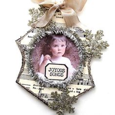 Vintage In the Parlor Ornament created by Chris Schwartz. As featured in the Nov. / Dec. 2014 Somerset Studio Magazine.