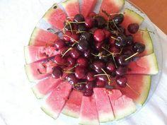 cocomero e ciliegie