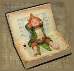 Il y a quelques semaines, des amies qui avaient très envie de faire un atelier m'ont demandé si je pouvais leur proposer quelque chose de différent, un homme par exemple... Toujours prête à plaisanter, je leur ai proposé ce gnome un peu paresseux, inspiré...