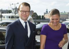 Foro Hispanico de Opiniones sobre la Realeza: Los principes Victoria y Daniel en un foro de comercio franco-sueco
