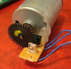 PIC project DC motor like crystal clockwork! Eski Mouse ile Rotory Encoder