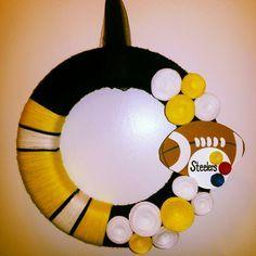 Stealers Football Wreath