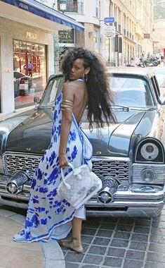 Rihanna from The Big Picture: Today's Hot Photos Rihanna – shopping in Monaco during her holiday in the French Riviera. Mode Rihanna, Rihanna Riri, Rihanna Style, Rihanna Black Dress, Rhianna Fashion, Rihanna Outfits, Rihanna Photos, Estilo Kardashian, Rihanna Looks