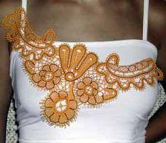 Что делает женщину женственной, или Как плетется кружево?