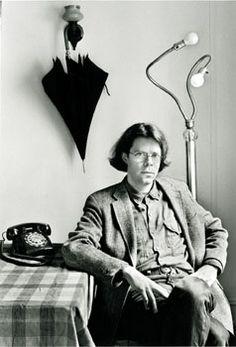 Jonathan Franzen (b. American novelist and essayist. The Corrections, Freedom, How to Be Alone. Jonathan Franzen, Essayist, Playwright, Best Authors, History Of Photography, Ex Libris, Storytelling, Literature, Writers