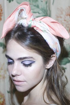 Look To Try This Holiday: Pastel '60s Sex Kitten - #xoVain