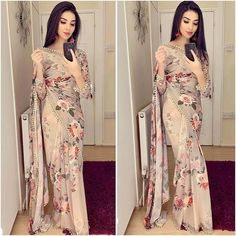 Exclusive latest fashion new bollywood style saree collection - Fashion Street Sari Dress, Sari Blouse, Saree Blouse Designs, The Dress, Floral Print Sarees, Saree Floral, Lace Saree, Printed Sarees, White Saree