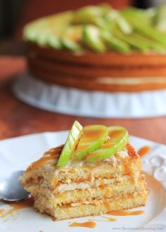 You´ve got to try this Apple Caramel Cream Cheese Cake