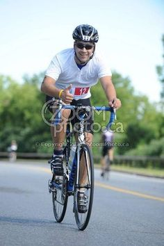 Me on the bike at the National Capital Triathlon. - Thanks Zoom Photo