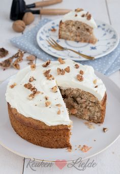 Carrotcake-bananenbrood - Keuken♥Liefde Fruit Recipes, Cake Recipes, Snack Recipes, Dessert Recipes, Carrot Cake Bread, Banana Bread, Baking Bad, Good Food, Yummy Food