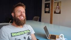 """""""THE INCENTIVE Spotlight Interview with Vegter van Slooten"""" the 3D Printing Expert at the Betahaus Berlin. We discuss printing burgers (and eating them), transplanting 3D printed hearts and more. #StayCurious  