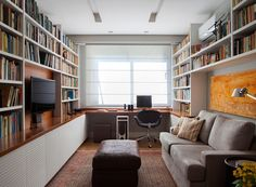 Home Office Decor Guest Room Office, Home Office Setup, Home Office Space, Office Ideas, Office With Couch, Modern Home Offices, Small Home Offices, Home Library Design, Home Office Design