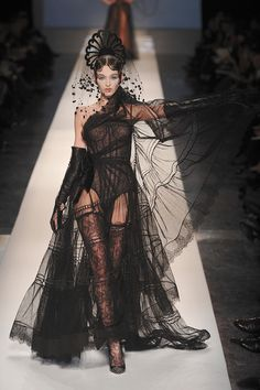"""This model totally owns that catwalk. A dream in """"Jean Paul Gaultier Spring 2009 Couture - Runway Photos - Fashion Week - Runway, Fashion Shows and Collections - Vogue"""" Jean Paul Gaultier, Paul Gaultier Spring, Dark Fashion, Gothic Fashion, Steampunk Fashion, Emo Fashion, Dress Fashion, Vampire Fashion, Fashion 1920s"""