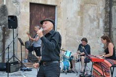 Rene and the band