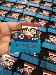 Ref or fridge magnets made of polymer clay by Bitstopieces on Etsy, Polymer Clay People, Polymer Clay Dolls, Wedding Favors, Wedding Souvenir, Wedding Ideas, Biscuit, Diy Magnets, Wedding Giveaways, Diy Invitations
