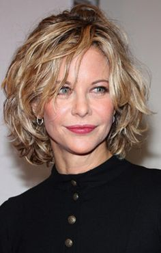 wavy, shag haircut. meg ryan.