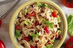 Une salade de pâtes BLT...Bacon, laitue et tomate