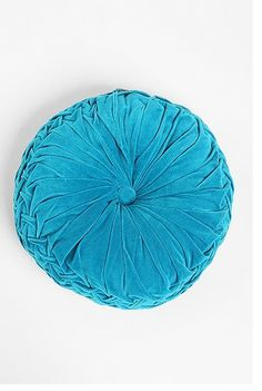 accent pillows - urban outfitters