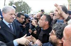 Monsieur le Premier ministre, Abdelmalek Sellal, a inauguré le samedi 11 janvier 2014 un projet de 2956 logements sociaux à Larbaa, réalisés dans le cadre de la résorption de l'habitat précaire. Ce projet, lancé en juin 2009, pour une durée de 24 mois, est destiné au relogement des