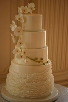 Stunning Wedding Cakes from Confectionery Designs - MODwedding