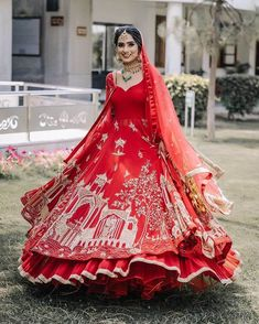 A Lockdown Wedding With The Bride In A Self Designed Lehenga Sikh Bride, Punjabi Bride, Sikh Wedding, Wedding Suits, Designer Suits For Wedding, Bridal Suits Punjabi, Bride Indian, Indian Groom, Red Wedding