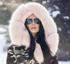 #Luxury #Elegant #Beautiful #Girl #RussianGirl #Bontjas #beige #streetstyle #Mystyle #stylish #Fashion #Bigfur #Fur #Furcoat #Furlove #mode #Fabulous #Classy #Inlove #lovelife