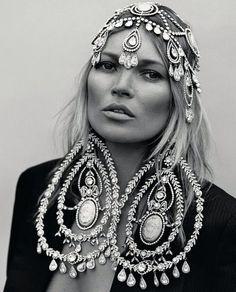 Queen Kate | Meina Farala
