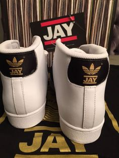 adidas Reveals Inside Look Of Jam Master Jay's Pro Label Sneakers :http://xqzt.net/main/adidas-reveals-inside-look-of-jam-master-jays-pro-label-sneakers/