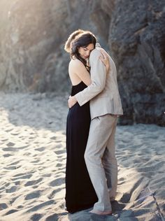 Photography: Jacque Lynn Photography - www.jacquelynnphoto.com  Read More: http://www.stylemepretty.com/2014/11/22/california-coast-engagement-wedding-inspiration/