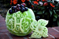 The Fruit Carver - Fruit Centerpieces