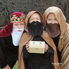 Doodlecraft: The Nativity 3 Wisemen King Beards!
