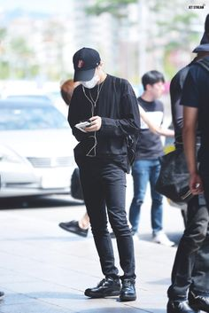 [AIRPORT] 160827: BTS J-Hope (Jung Hoseok) #bts #bangtan #bangtanboys #fashion…