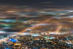 Nevoeiro em Sofia. Por Ivan Dimitrov.