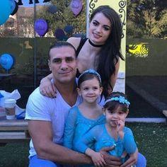 Former WWE Superstar Alberto Del Rio (Alberto Rodriguez), his girlfriend WWE Diva Paige (Saraya-Jade Bevis), and his two daughters Estephaine and Sophie #WWE #wwefamilies #wwekids