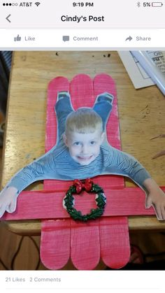 Christmas Art Projects For Preschoolers Parent Gifts 37 Trendy Ideas Christmas Crafts For Kids, Xmas Crafts, Christmas Projects, Christmas Themes, Kids Christmas, Christmas Crafts For Kindergarteners, School Holiday Crafts, Kindergarten Christmas Crafts, Christmas Ornaments