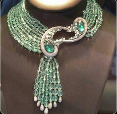 Scavia necklace