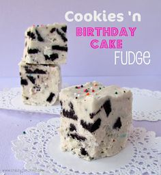 Oreo Cookies 'n Birthday Cake Fudge . uses birthday cake oreos (SO divine! Birthday Cake Fudge, Oreo Cake, Birthday Cookies, Oreo Cookies, Fudge Recipes, Candy Recipes, Dessert Recipes, Dessert Ideas, Sweet Recipes