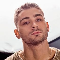 Zayn Malik Comes Clean About His Eating Disorder And How He Overcame His Anxiety - http://oceanup.com/2017/03/19/zayn-malik-comes-clean-about-his-eating-disorder-and-how-he-overcame-his-anxiety/